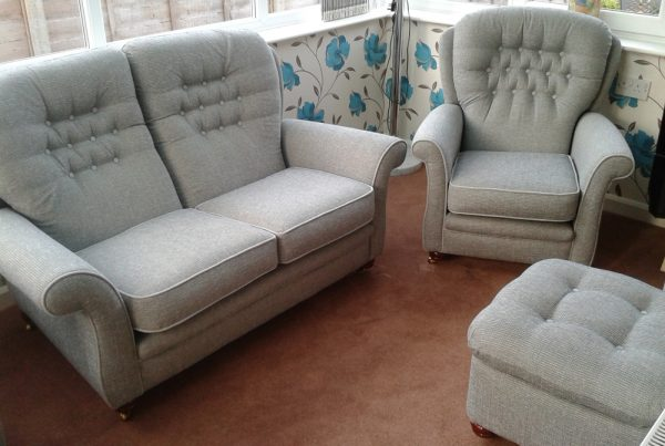 upholstery furniture repair Hull & Beverley